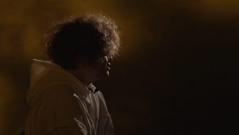 Vaundy 特別配信番組がYouTubeでプレミア公開決定! 2人の映像監督との対談を通じてその世界の裏側に迫る!